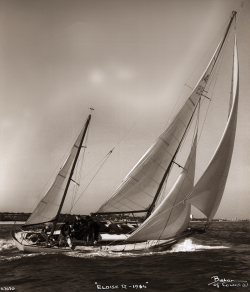 <p><strong>Eloise 11 (photo Beken)</strong></p><p>Designer: Sergent<br />Builder: Herve La Rochelle<br />Launched: 1958<br />Class: One off</p>